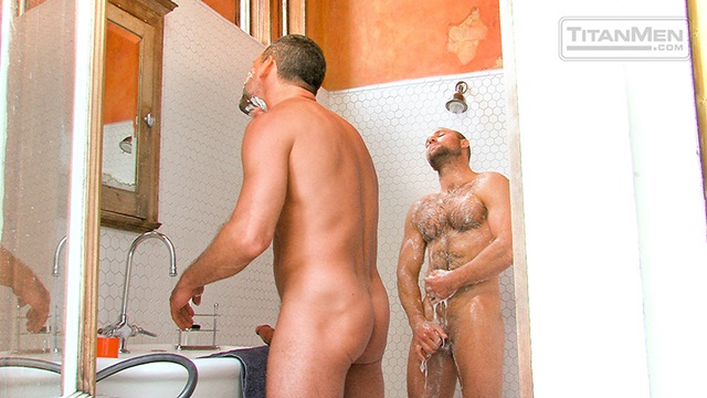 Hairy-Chested-Hunk-Tom-Wolfe-sucks-big-dick-Will-Swagger-furry-balls-huge-cumshot-008-male-tube-red-tube-gallery-photo
