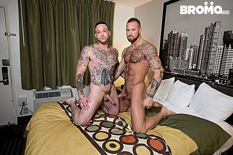 Dominic Chavez sucks on Muscle hunk Brad Powers' toes then blows his engorged dick
