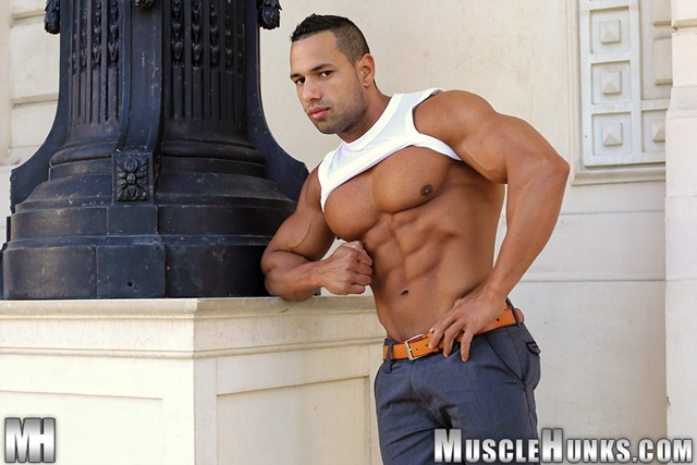 muscle men 2 muscle hunks  Cosmo Babu