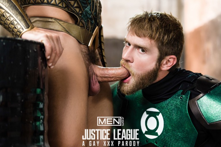 Green Lantern Colby Keller's huge dick fucks Aquaman Francois Sagat's smooth muscled ass