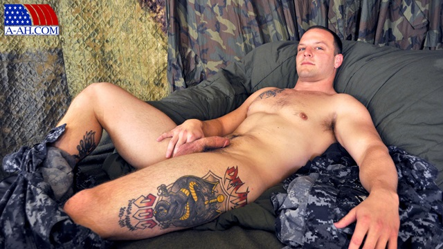 Logan-All-American-Heroes-nude-amateur-men-gay-porn-soldiers-sailors-firefighters-policemen-001-gallery-photo