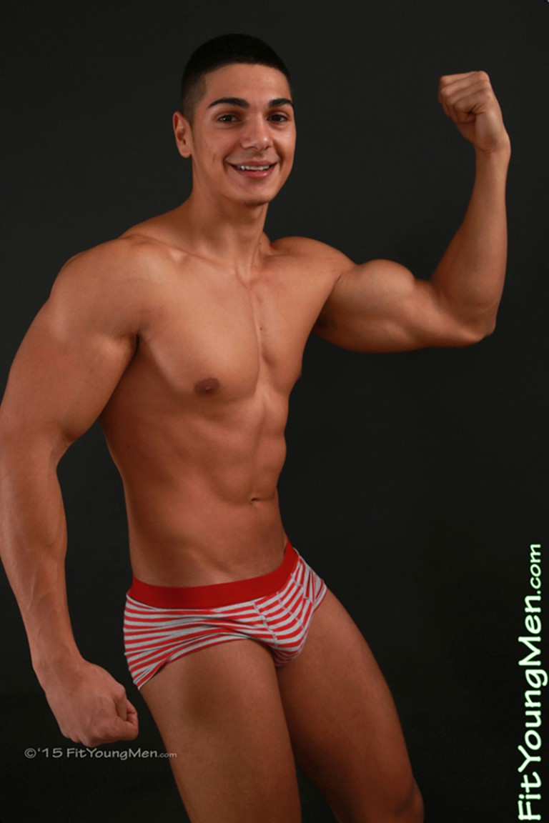 Andrew Huntly 18 year old personal trainer stripped to his sexy underwear