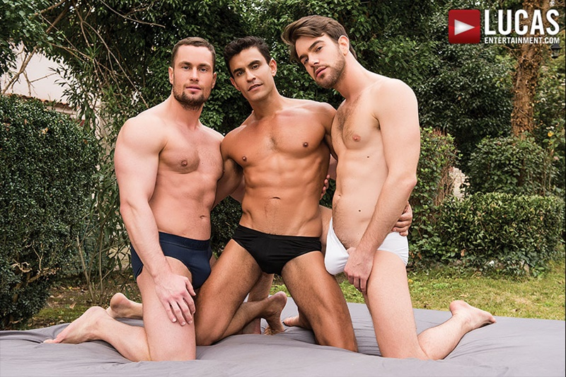 LucasEntertainment-tattoo-nude-dude-big-muscle-studs-Zander-Craze-Stas-Landon-Rafael-Carreras-hardcore-threesome-group-sex-fucking-bubble-butt-001-gay-porn-sex-gallery-pics-video-photo