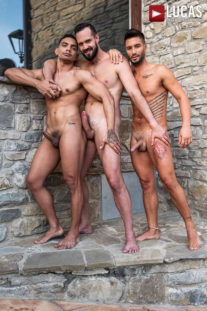 Hottie-muscle-hunks-Andrea-Suarez-Andy-Onassis-J-Anders-uncut-raw-fucking-LucasEntertainment-010-Gay-Porn-Pics
