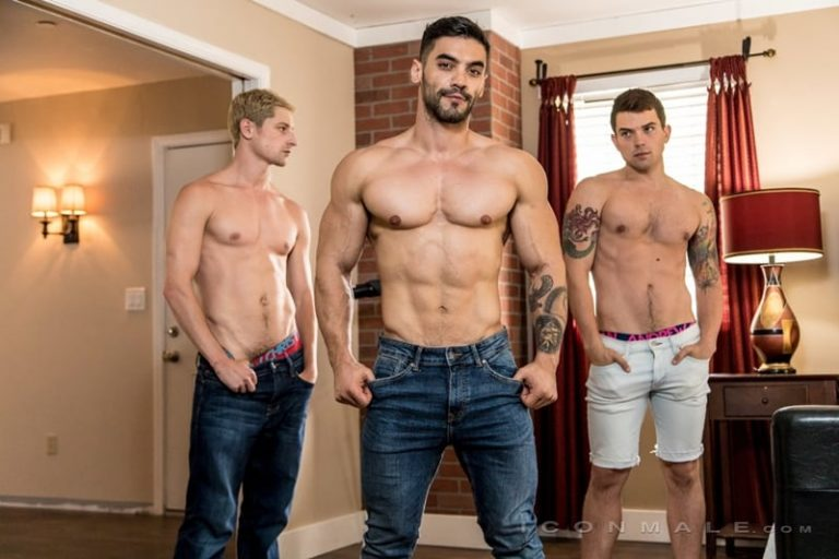 Hot muscle hunk Arad Win Win fucks the tight holes of young studs Dakota Payne and Taylor Reign